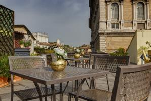 Hotel Residenza in Farnese | Roma | Take a moment to relax on our Beautiful Terrace